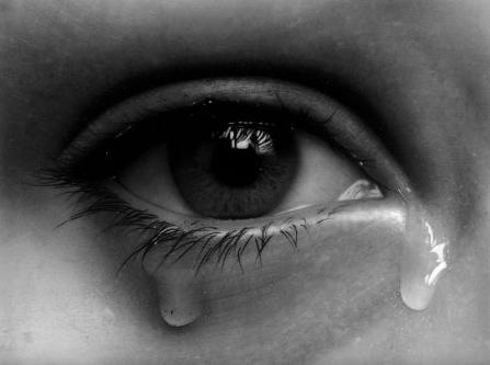 بالصور صور عيون تدمع , صور حزينه لعيون تدمع 5522