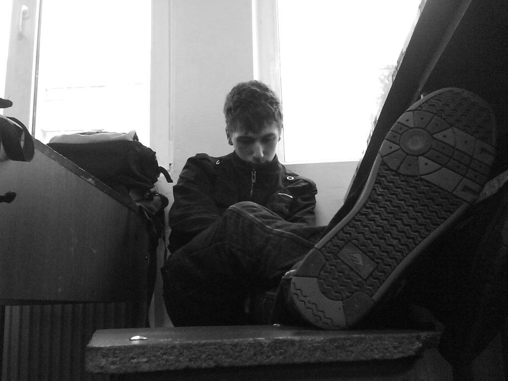 بالصور صور شخص حزين , تعبير عن الحزن من الصور 1066 3