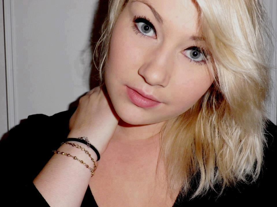 بالصور اجمل نساء اوروبا , اجمل عيون ملونه 1115 7