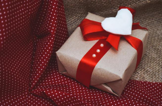بالصور صور لعيد الحب , اجمل صور لهدايا عيد الحب 4111 15