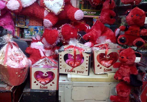 بالصور صور لعيد الحب , اجمل صور لهدايا عيد الحب 4111 22