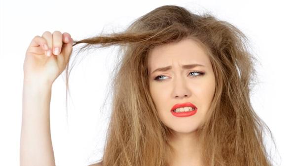 بالصور علاج الشعر الجاف , علاج الشعر الجاف بالفازلين 4490 4
