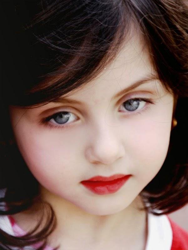 صور صور عيون جميلات , خلفيات روعة لاجمل عيون طفلات