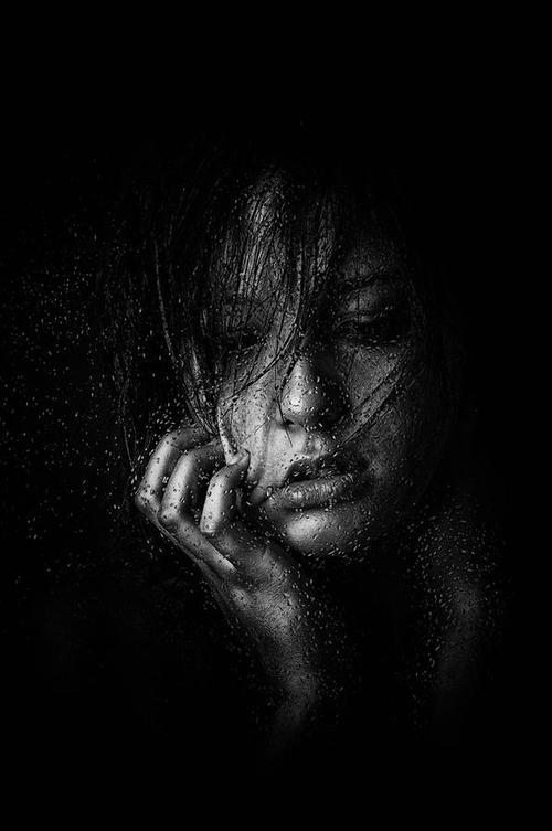 صور خلفيات سوداء حزينة , صور و بوستات حزينة جدا جدا سوداء