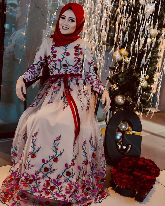 صور فساتين سواريه 2019 للمحجبات , صور فستان بنت محجبة للحفلات