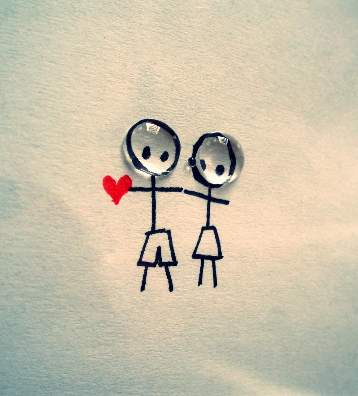 بالصور كيف اعرف انه يحبني وهو بعيد عني , شخص في دوله ثاينه يقول لكي احبك فحذري 1336 2