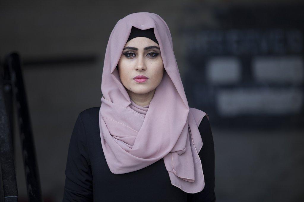 بالصور صور بنات حزينه , اكثر صور البنات التى تعبر عن الحزن و الالم 1405 1