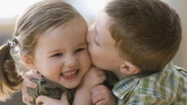 صور بوس الشفايف , صور بوس شفايف اطفال جميلة
