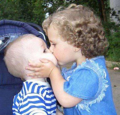 بالصور بوس الشفايف , صور بوس شفايف اطفال جميلة 4227 3