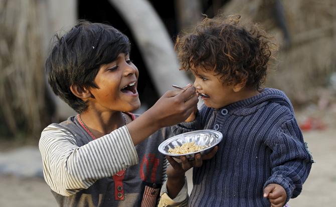 بالصور صور عن الفقر , صور معبرة عن الفقر والفقراء 4284