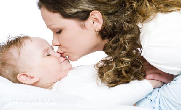 بالصور صور بوس جامد , صور بوس ام لاطفالها 4362 10