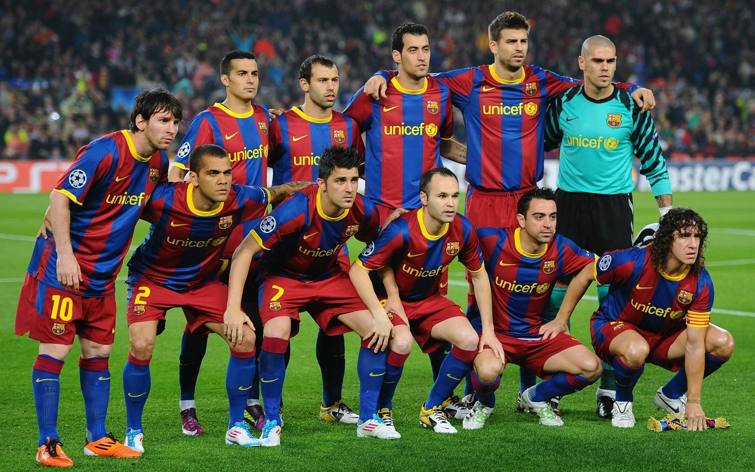 بالصور صور فريق برشلونة , اجدد صور للنادي الاسباني الكاتلوني 4413 3