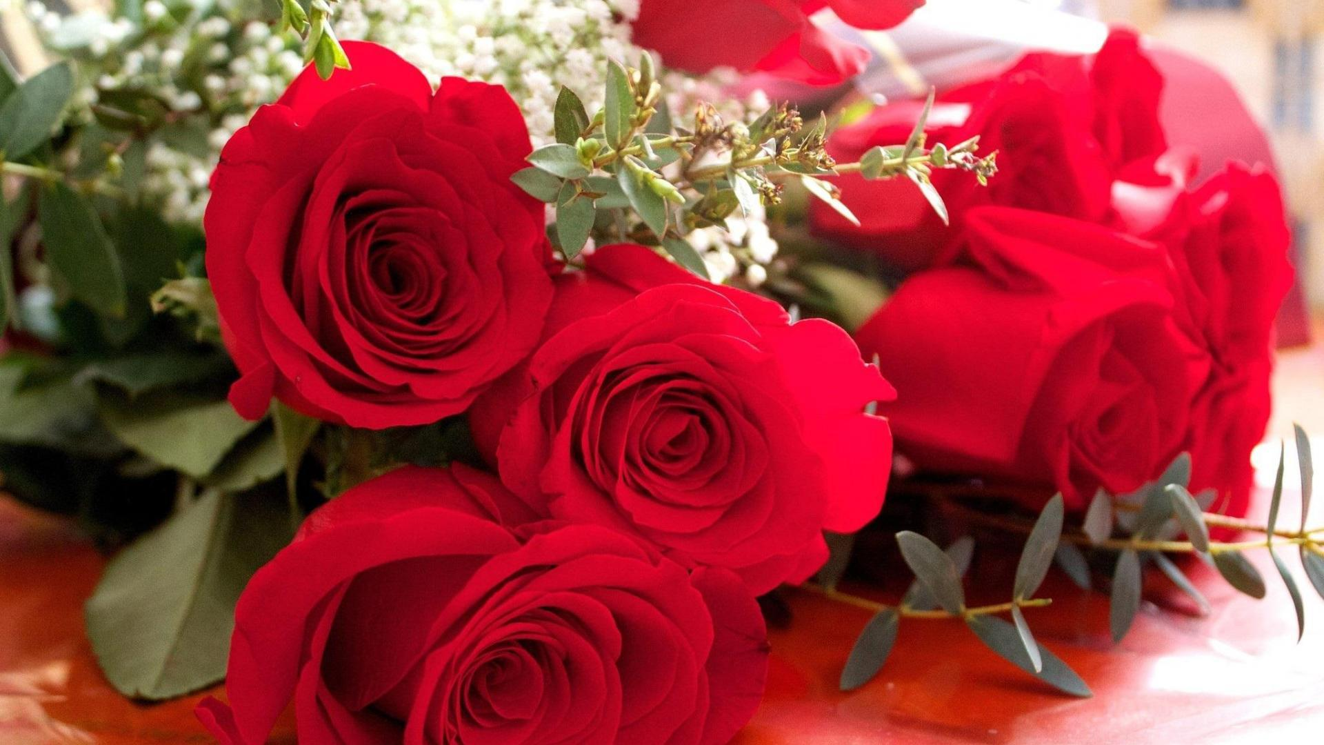 بالصور بوكيه ورد احمر , اجمل صور لبوكيهات الورد باللون الاحمر 4431 6