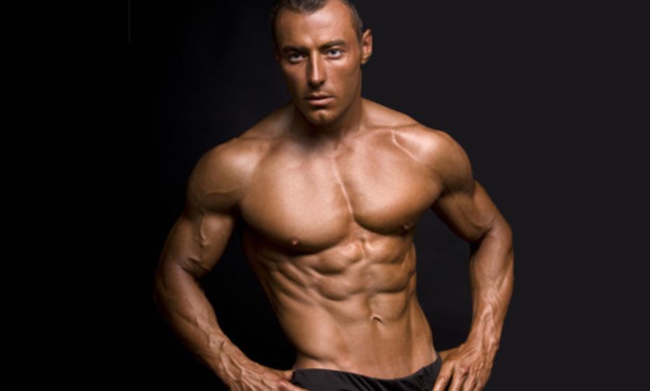بالصور ماذا تحب المراة في جسم الرجل , صور رجال عضلات 4460 3