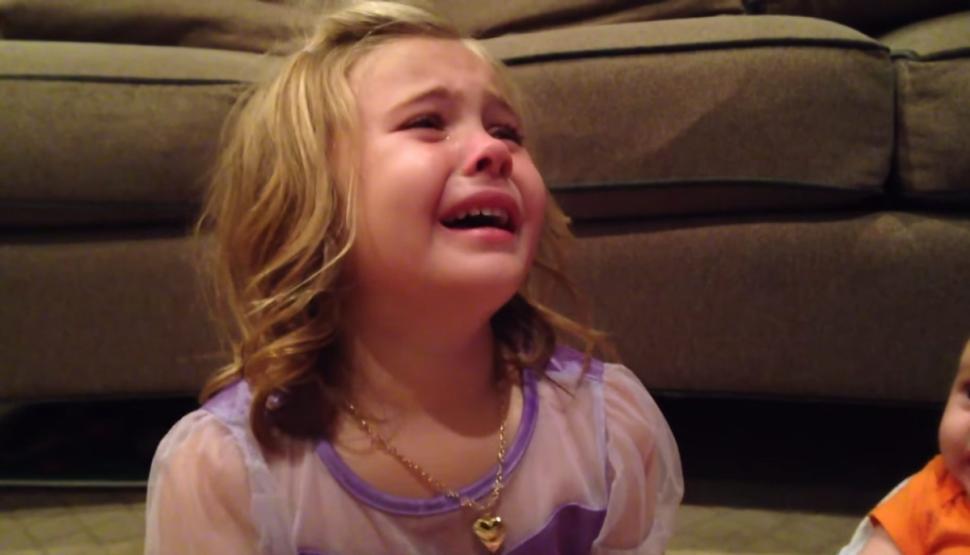 بالصور طفلة تبكي , صور دموع اطفال حزينة 4497 10