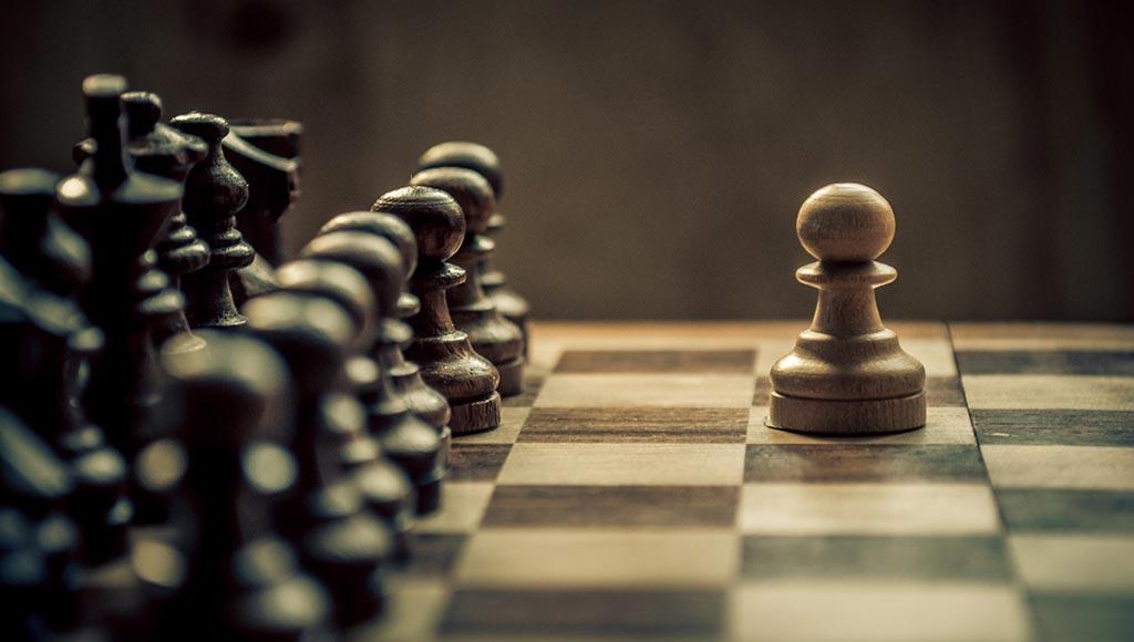 بالصور كيف تلعب الشطرنج , تعرف طريقه لعبه العظماء 472 2