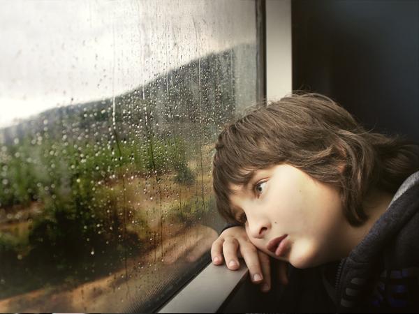 بالصور صور للفيس حزينه , بوستات واقوال محزنة للفيس 11271 14