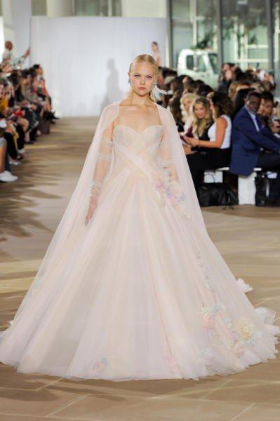 بالصور فساتين زفاف ملونة , فساتين زفاف غير تقليدية ومتعددة الالوان 11306 7