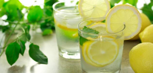 صور طريقة عمل عصير الليمون بالنعناع , اسهل طريقة لعمل عصير النعناع والليمون المنعش