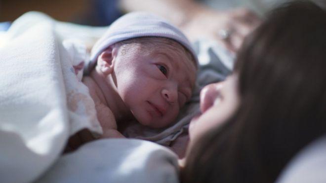 صورة صور للولاده , مجئ البيبي يهون الالام الولاده